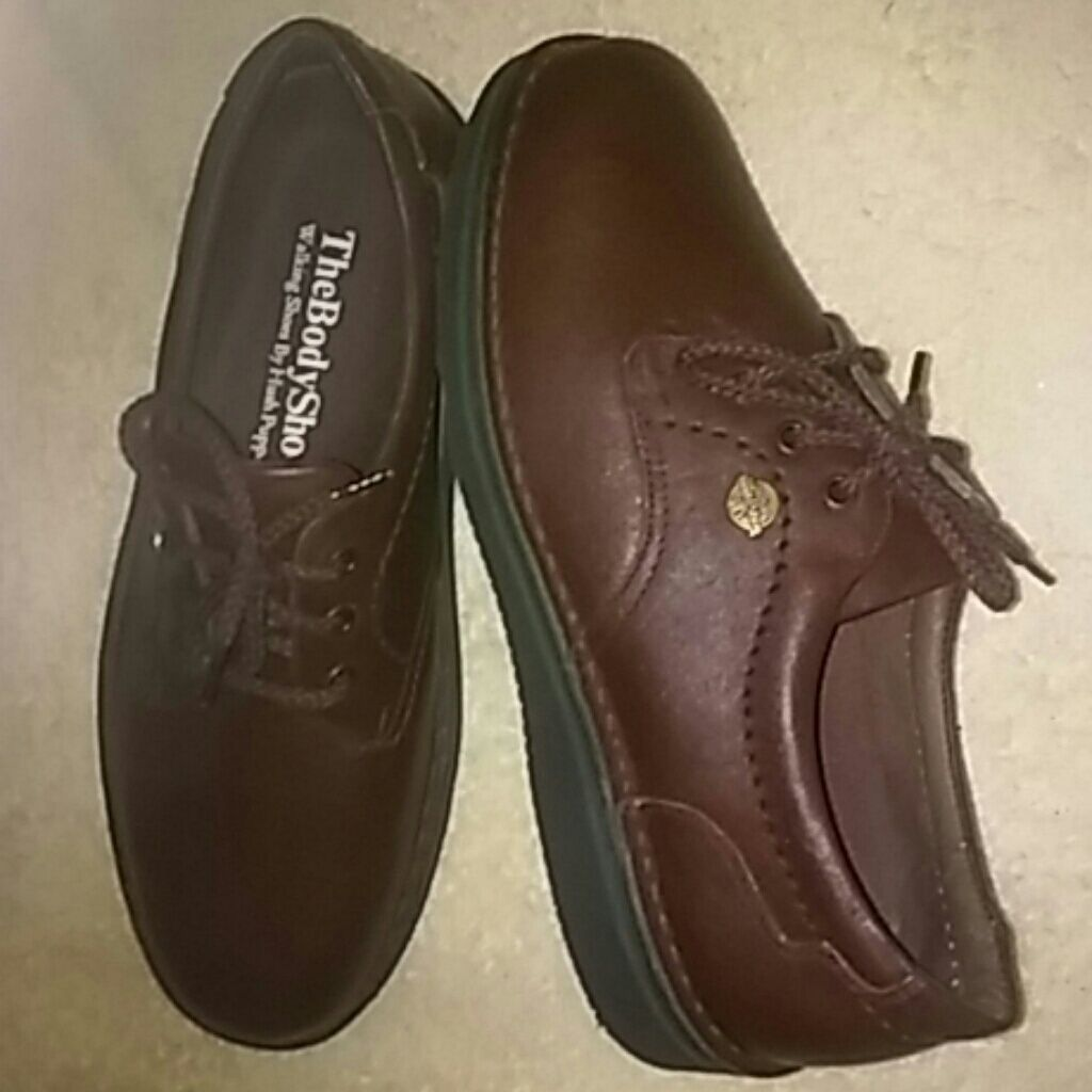 e3506a6e6ce Shop Women s The Body Shop size 8 Flats   Loafers at a discounted price at  Poshmark. Description  Walking Shoes by Hush Puppies.