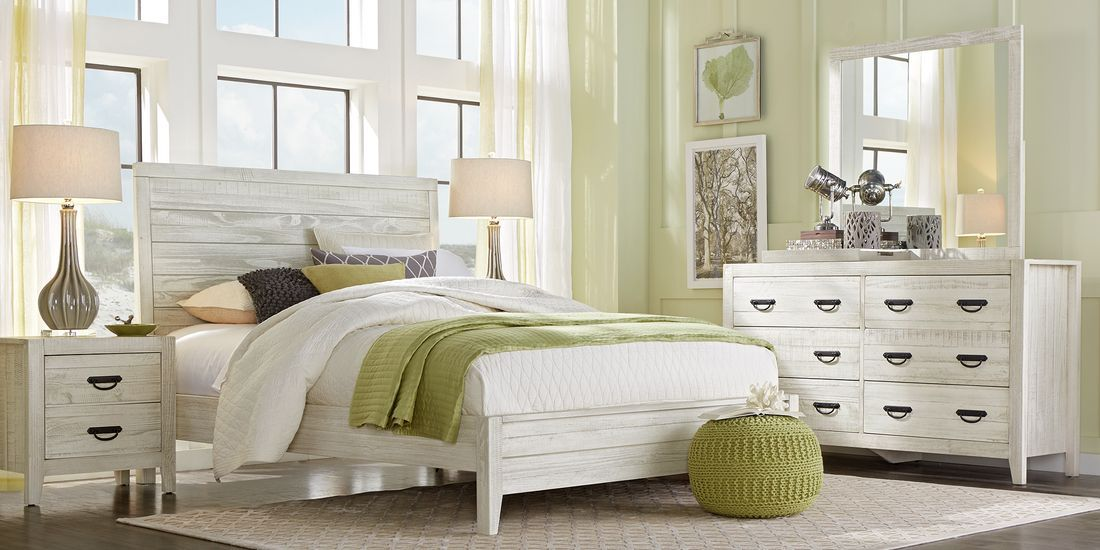 palm grove white 5 pc queen panel bedroom  rooms to go in