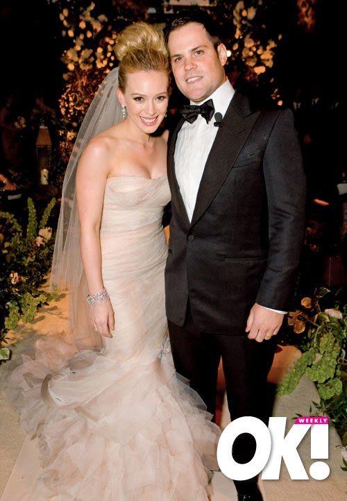 Pin By Nola Crafted On Ideas Para Mi Boda Celebrity Wedding Photos Off White Wedding Dresses Celebrity Weddings