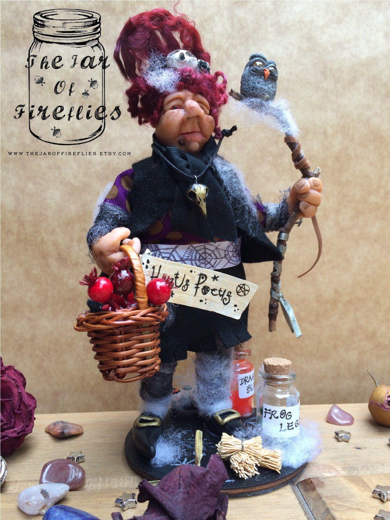 Artisan Dolls House Polymer Clay Witch/ Hag  Ooak Figure 1:12th in glass display Sonstige Produkte für Puppenstuben & -häuser
