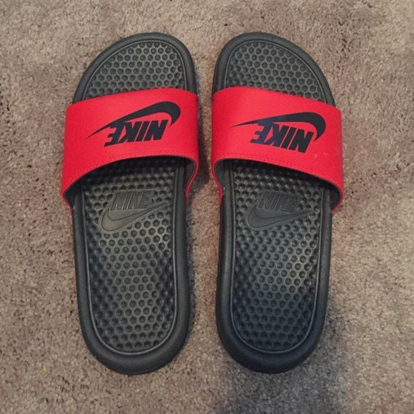 Black & Red Nike Slides Worn twice