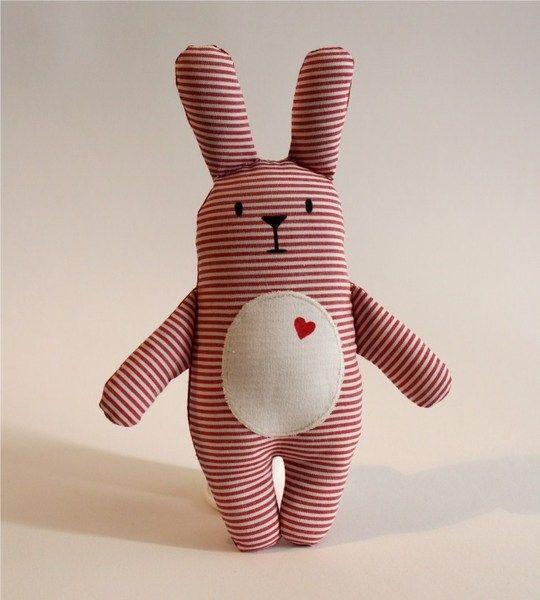 Glückshase Willi - rot   Hase, Herzchen und Nähen