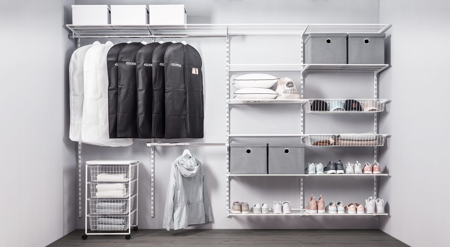 Walk In Wardrobe For Sloping Roofs And Dressing Rooms Dressing