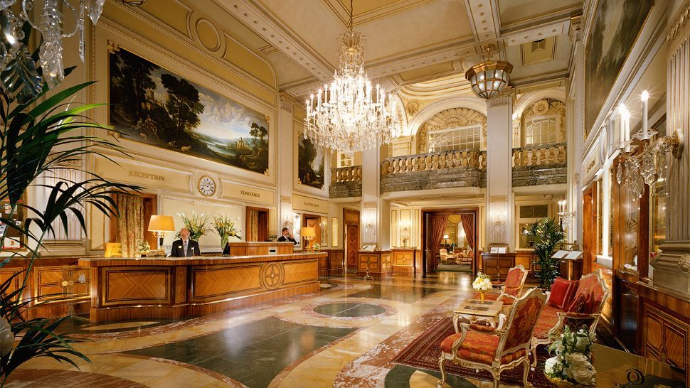 Grand lobby and reception hotel imperial vienna austria for Luxury hotels austria