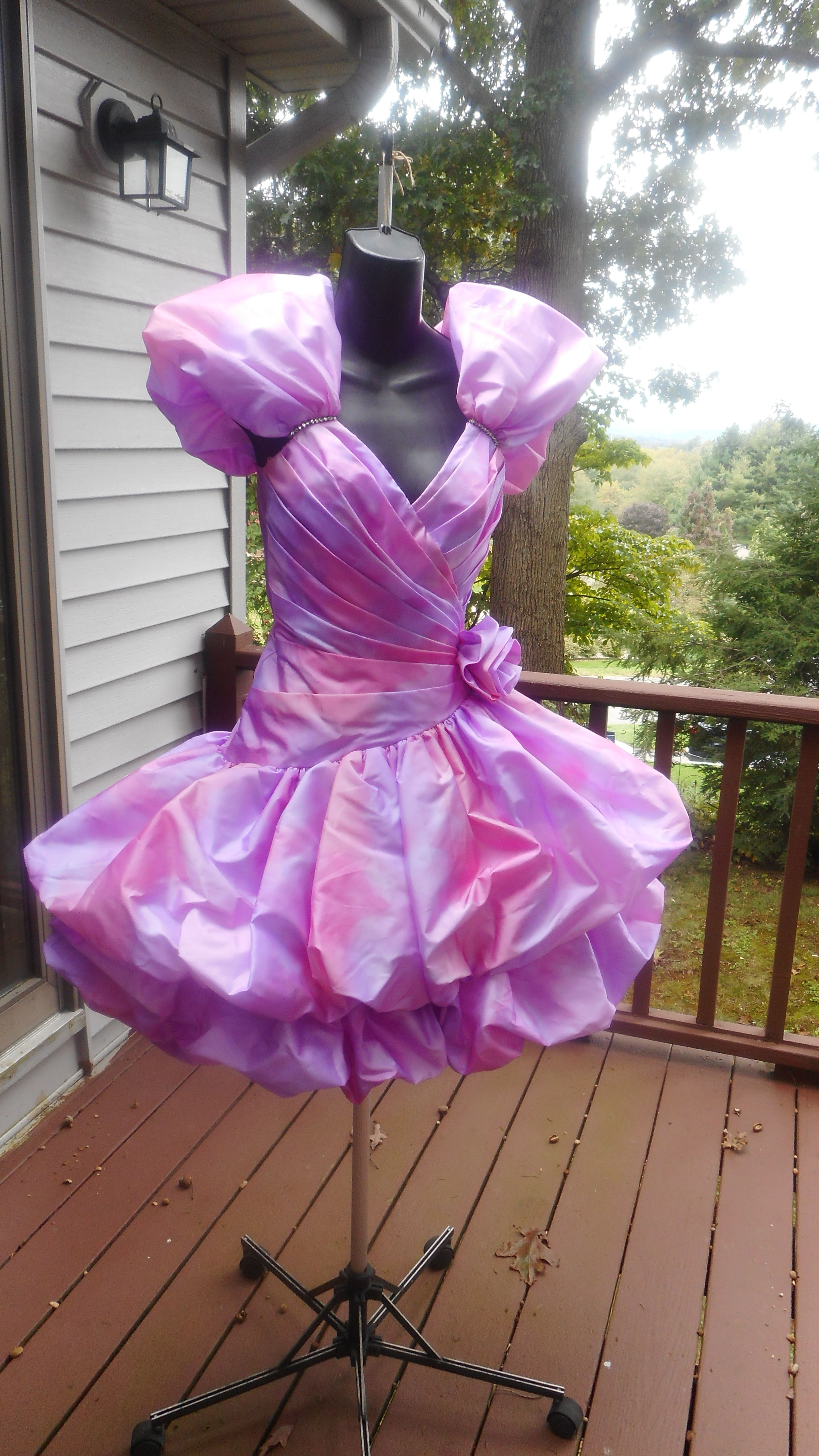 Available For Rent On Facebook On Vintage 80s Prom Dresses 80s Prom Dress Lovely Dresses Prom Dresses 80s [ 5120 x 2880 Pixel ]