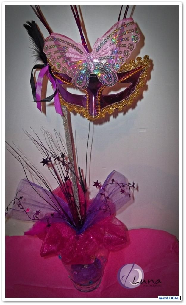 Centro de mesa como tema Carnaval. | Arreglos florales mera fantasía ...