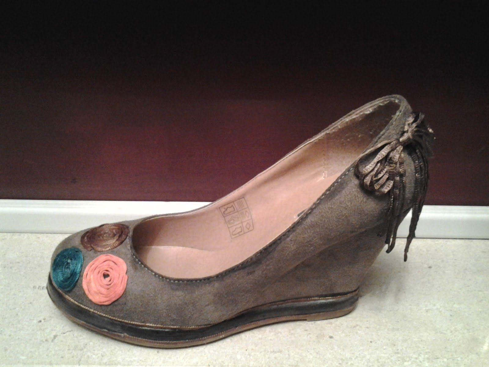 """Reciclagem de Sapatos """"Atelier de Silvy"""""""