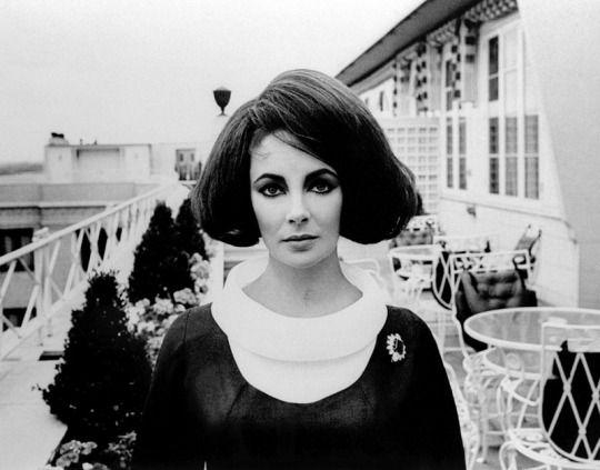 Elizabeth Taylor in London (1963)