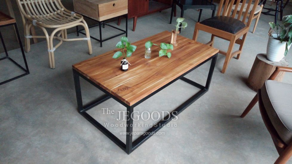 Design of industrial coffee table made of iron and teak wood. Simple urban industrial rustic style. We produce custom design furniture according to clients request. Quality furniture by skilled craftsman, available at factory price. #furnituremanufacturer #rusticfurniture #nordicstyle #ironwood #ironwoodfurniture #scandinavianfurniture #industrialfurniture #nordicfurniture #jeparagoods #jegoodsmebel #teakfurniture #metalwoodfurniture #homefurniture #midcenturyfurniture #indonesiafurniture