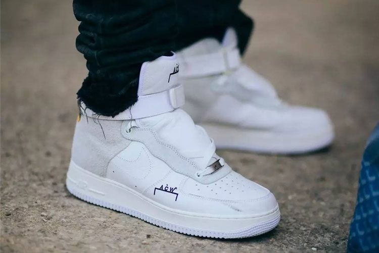 4455e3e69e A-COLD-WALL  x NikeLab Air Force 1 High sneakers with white and gray cortex  composed of upper