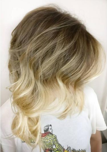 Effortless Balayage Hair By Salon By Milk Honey Stylist Trey I Honey Hair Best Hair Salon Hair