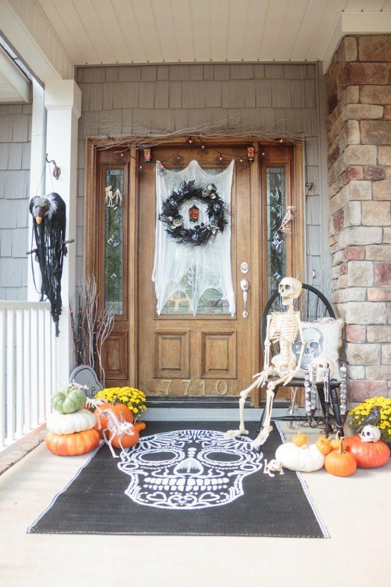 Newest  Classiest 30+ Halloween Front Door Decor Ideas You have to - pinterest halloween door decor