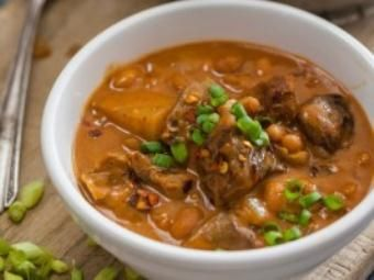 Slow Cooker Beef & Bean Stew Recipe - Cook Lime