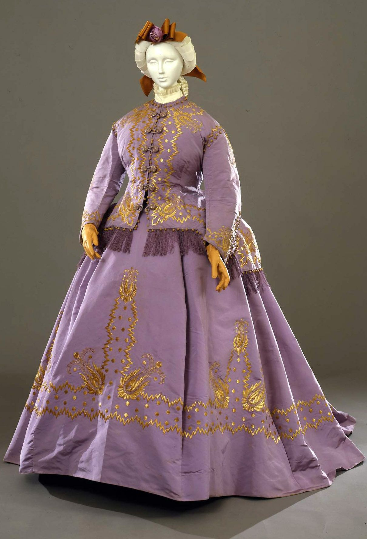 Formal Dress Italian 1867 Three Pieces Jacket Bodice And Skirt In Mauve Taffeta With Decorations In Yellow Historical Dresses Fashion Victorian Fashion [ 1778 x 1210 Pixel ]