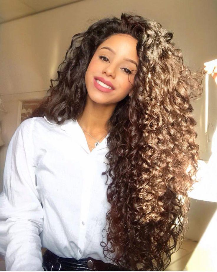 Langes Haar Lange Haare Auf Instagram Topssimo Cabeloslongos Lo Cheveux Long Cheveux Coiffure Cheveux Boucles