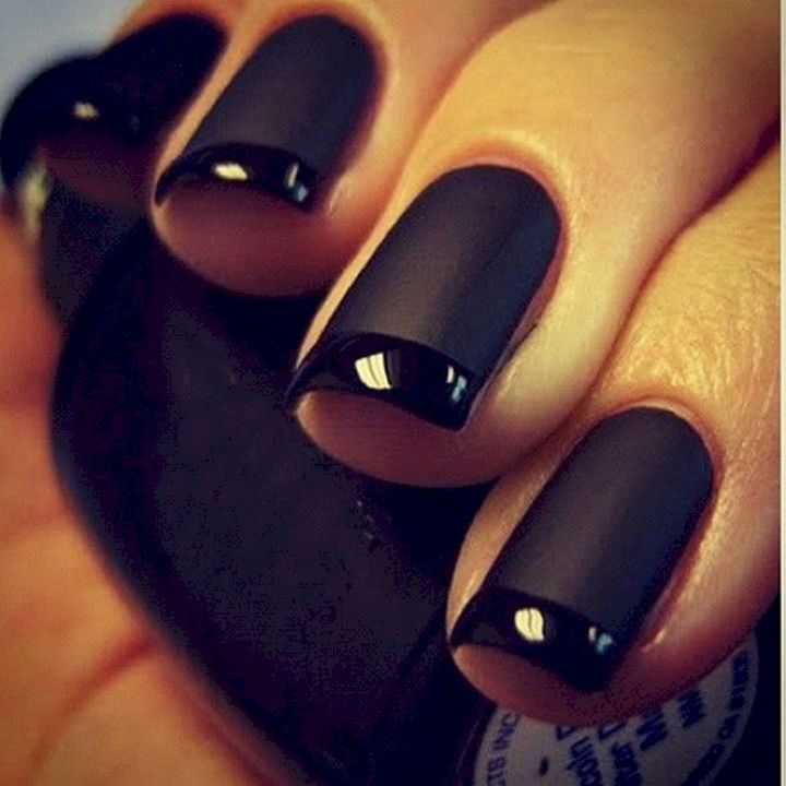 17 French Nails With A Twist A Black On Black French Mani Black Nails Trendy Nails Matte Nail Art