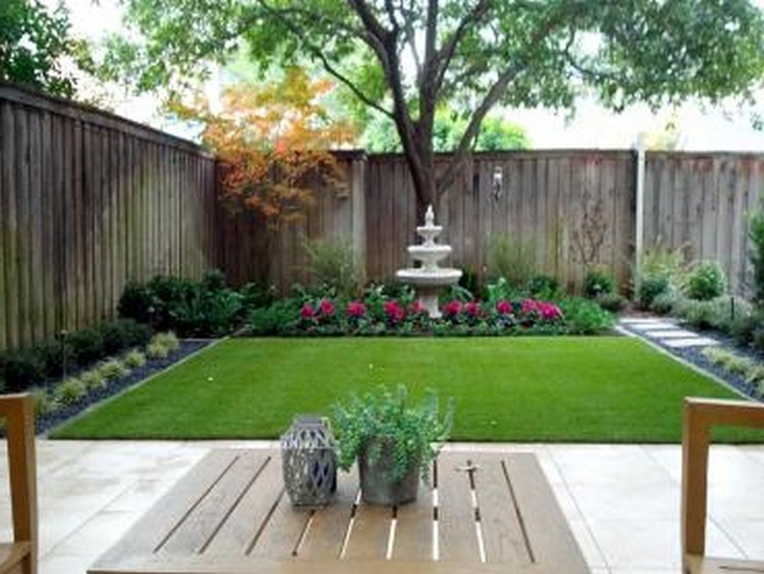 55 beautiful minimalist backyard landscaping design ideas for Pics of landscaped backyards