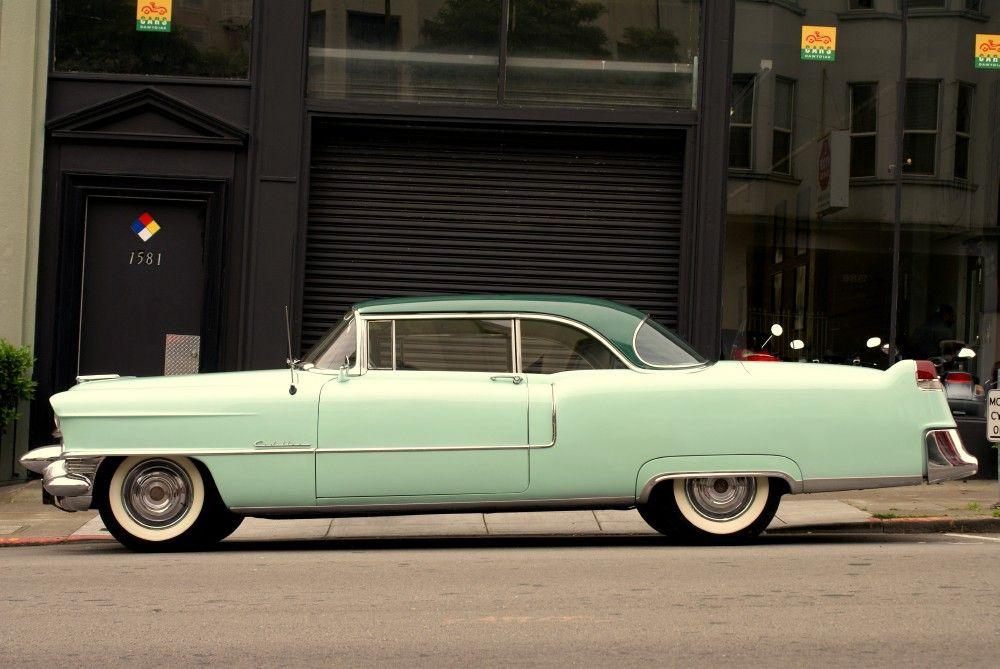 Пин на доске Cadillac