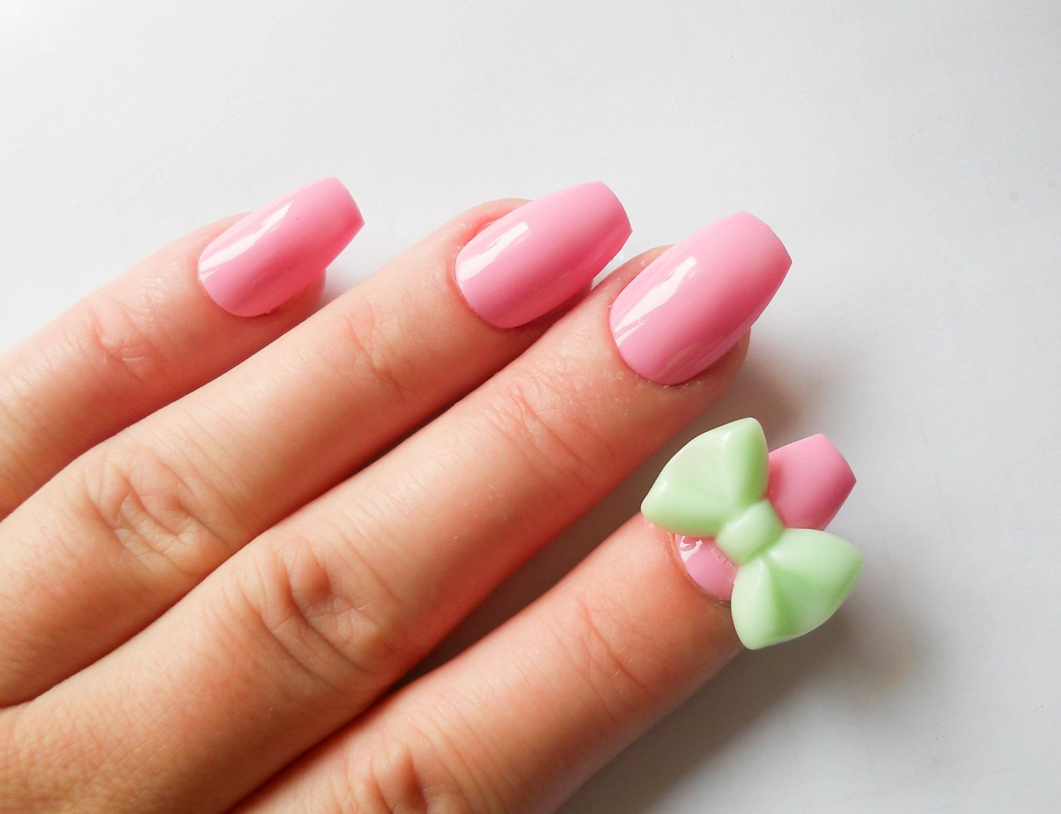pink fake nails, 3d nails, false nails, acrylic nails, bow nails