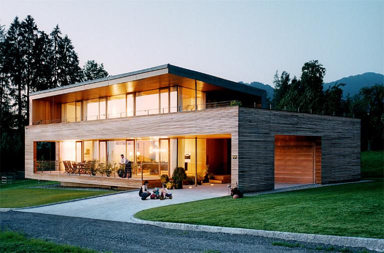 Haus bauen modern holz  Holzhaus: Vor- und Nachteile von Holzhäusern | Holzhaus bauen ...