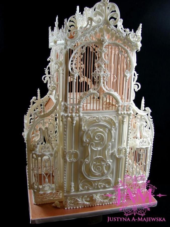 Vintage birdcage royal icing by justyna a majewska jam cakes cake decorating daily - Decoration gateau glacage royal ...