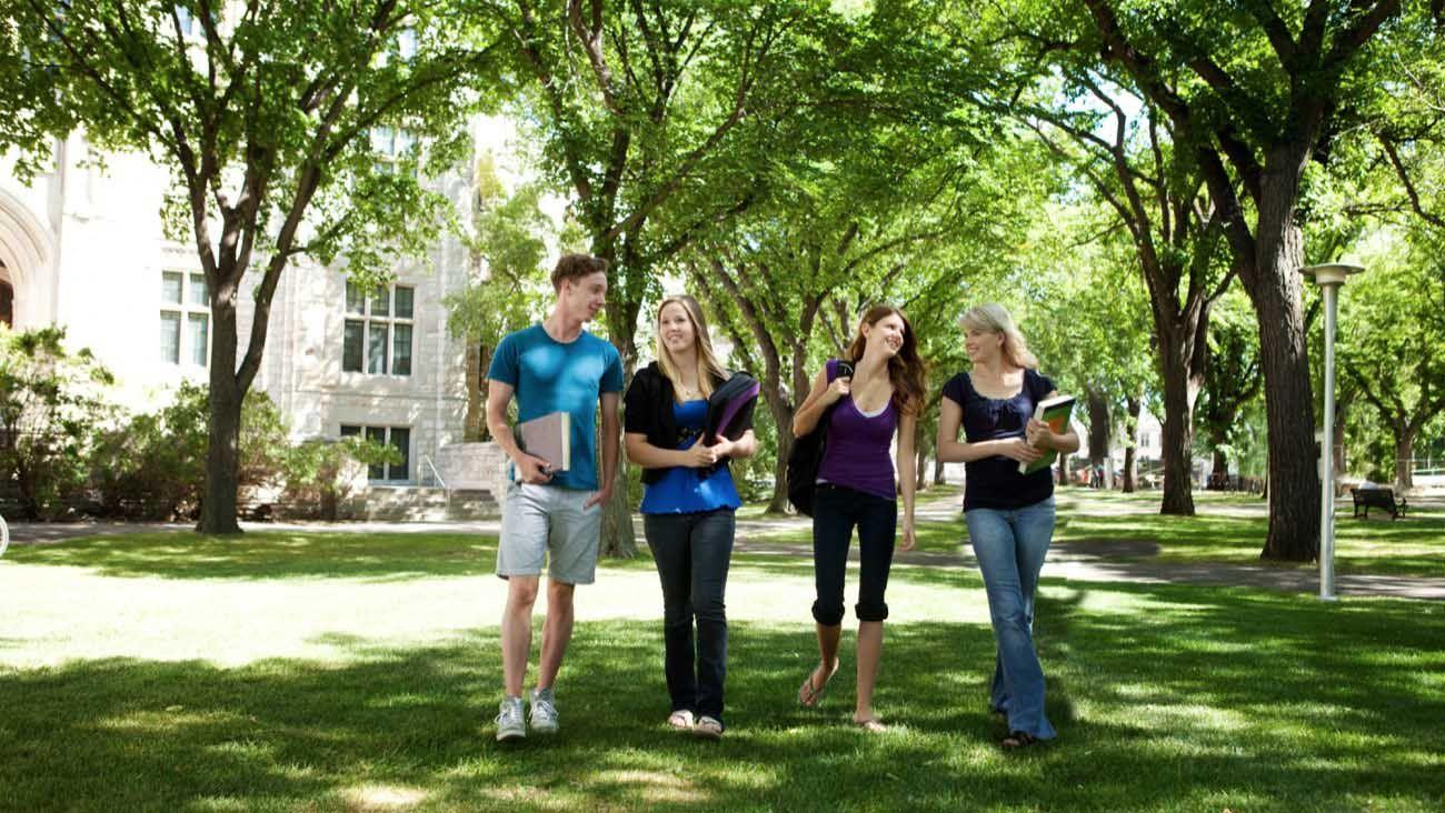 Your College Visit Checklist College visit, School