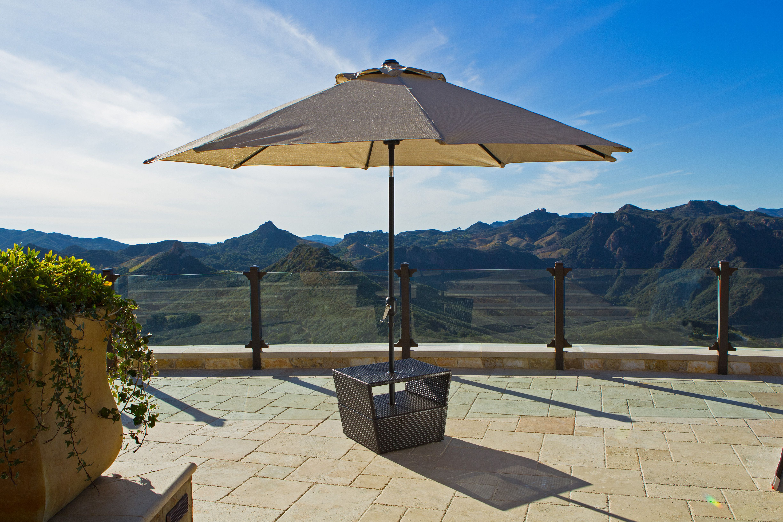 Lounger Side Table With Umbrella Base Portofino Collection