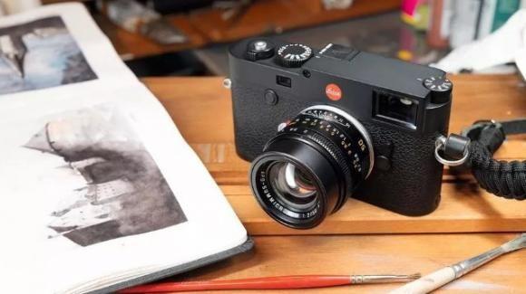 Leica M10-R: ufficiale la fotocamera extralusso da 40 mpx con telemetro