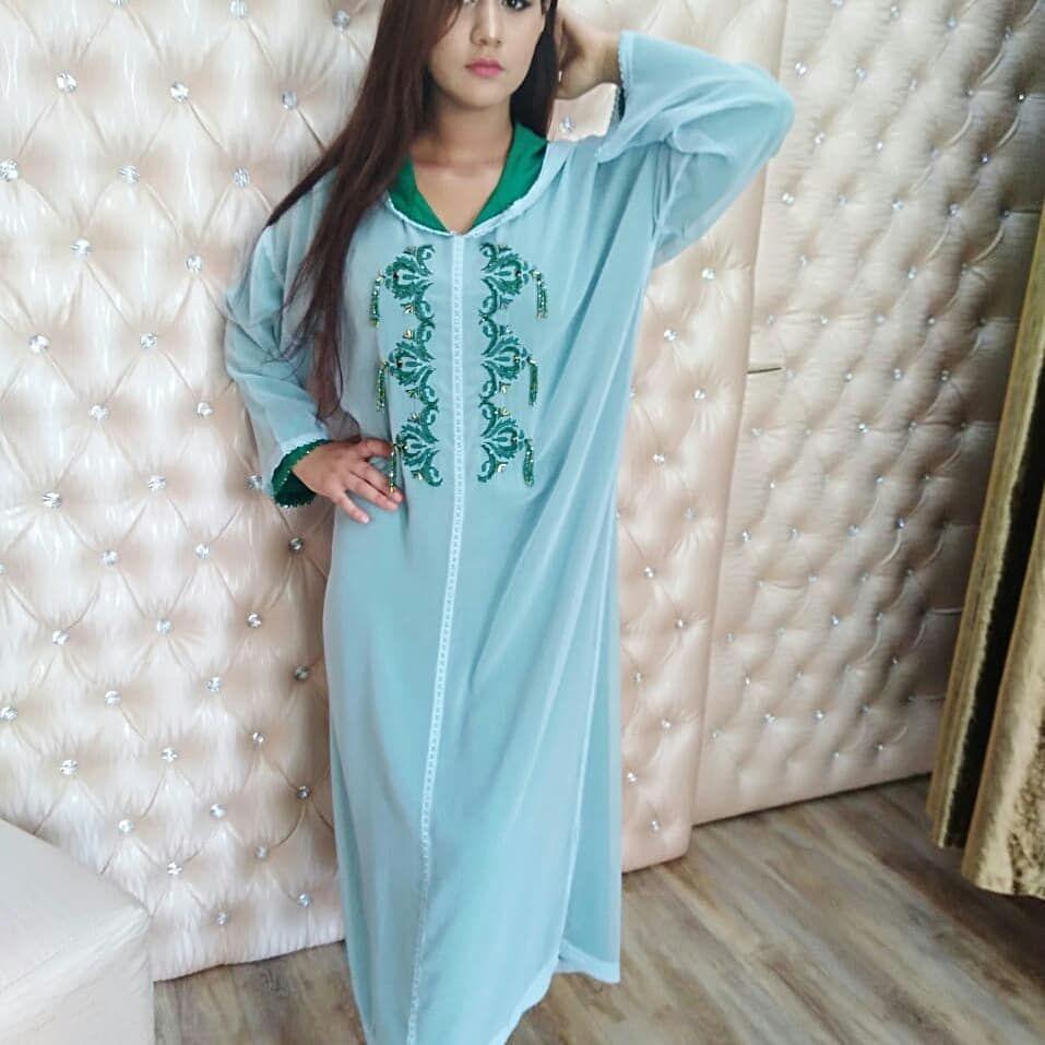Vendu Model Fati Saadii جلابة مغربية عباية مغربيات عيد جمال عبايات السعودية دبي قطر الامارات عمان الرياض الب Dresses Fashion Cold Shoulder Dress