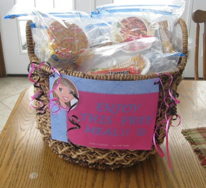Meals For Parents Of Children In Hospital Waiting Rooms Include A Pocket Testament Gospel Of John In The Packa Hospital Gifts Homemade Gifts Hospital Baskets