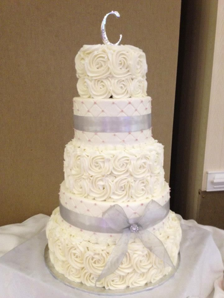 Swirl Rose Wedding Cake Delivered To Grandover Resort In Greensboro, NC.