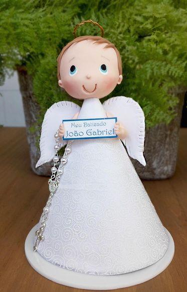 Topo de bolo ou centro de mesa anjinho menino Peça para decoraç u00e3o de Batizado Batizado  -> Decoracao Centro De Mesa Batizado
