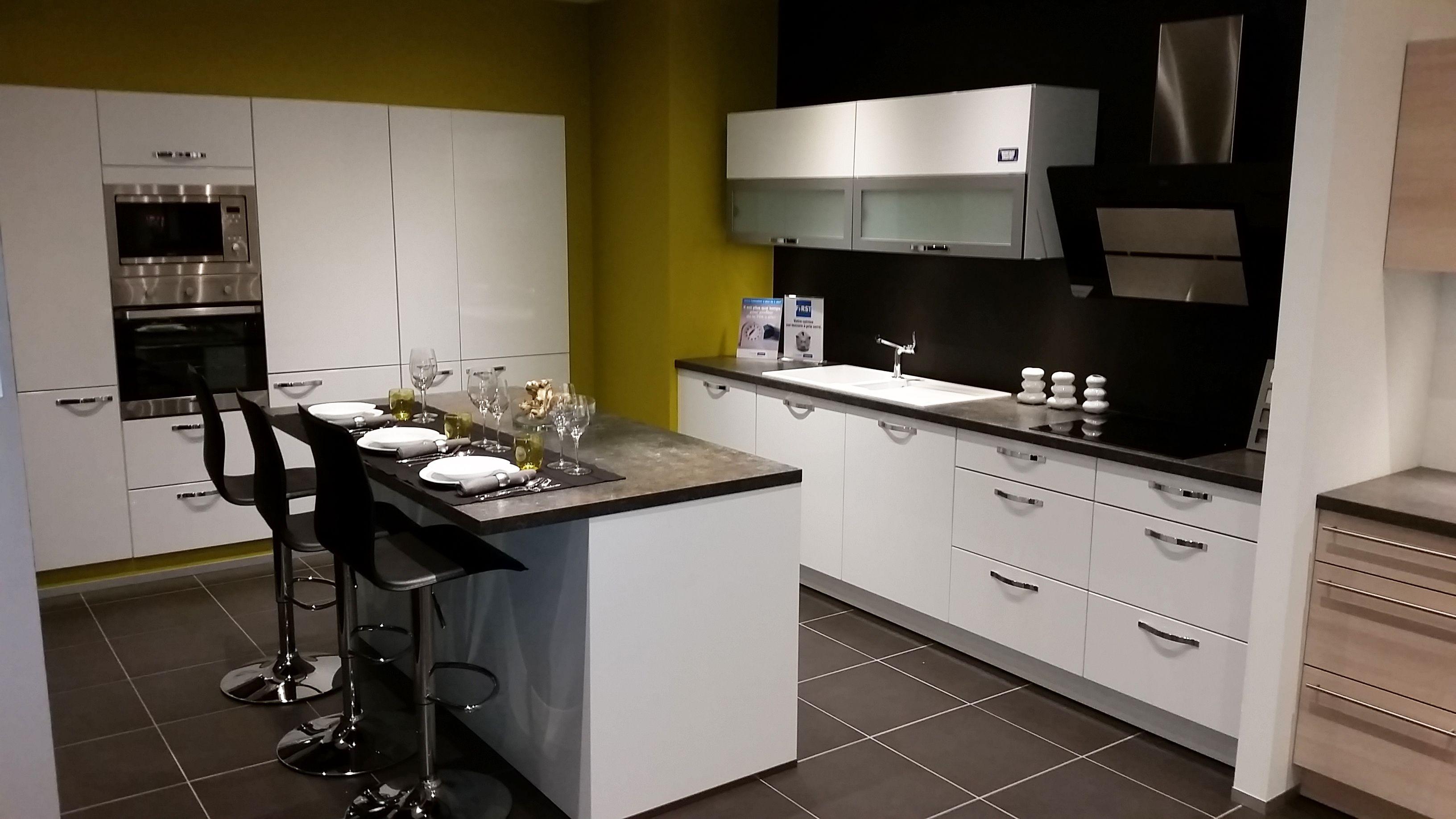 Showroom Keuken Showroom Cuisine Krefel Keukens Cuisines Krefel Type Fleron Keuken Showroom Keuken Inspiratie Keuken Ideeen