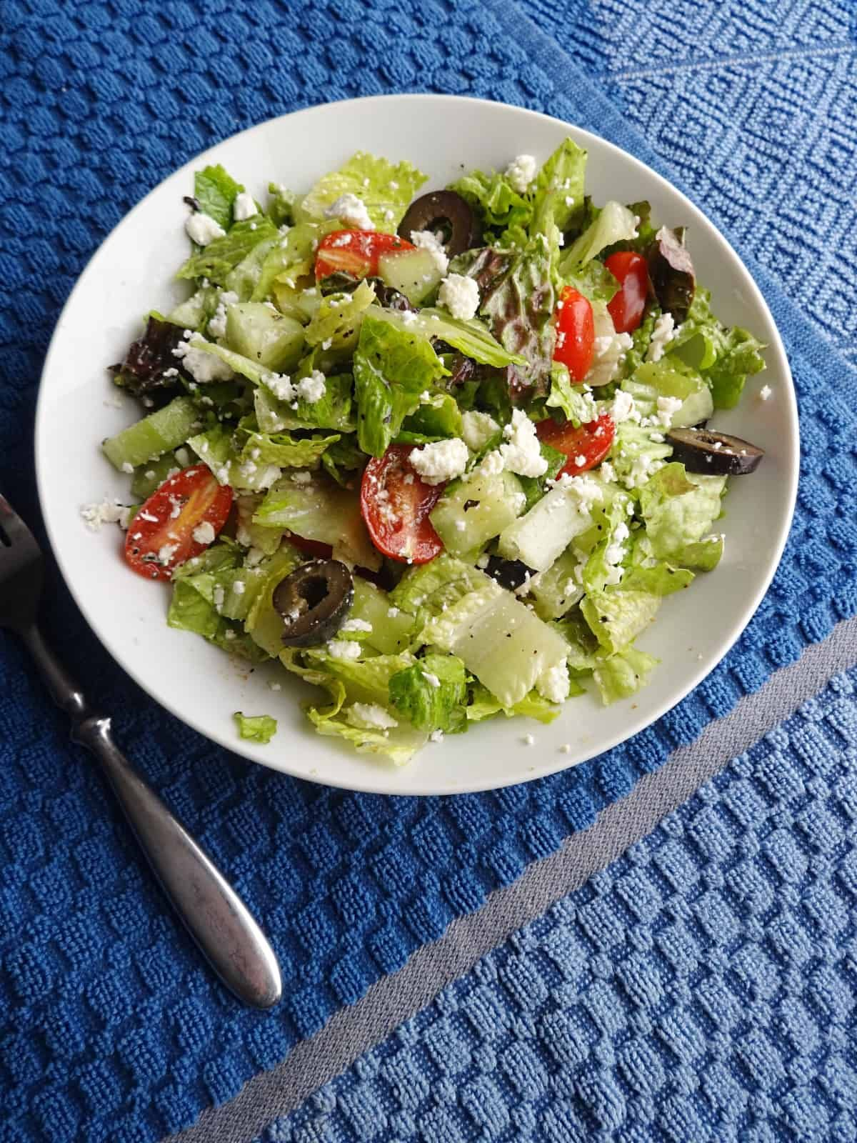 Deliciously simple Mediterranean salad with two types of ...