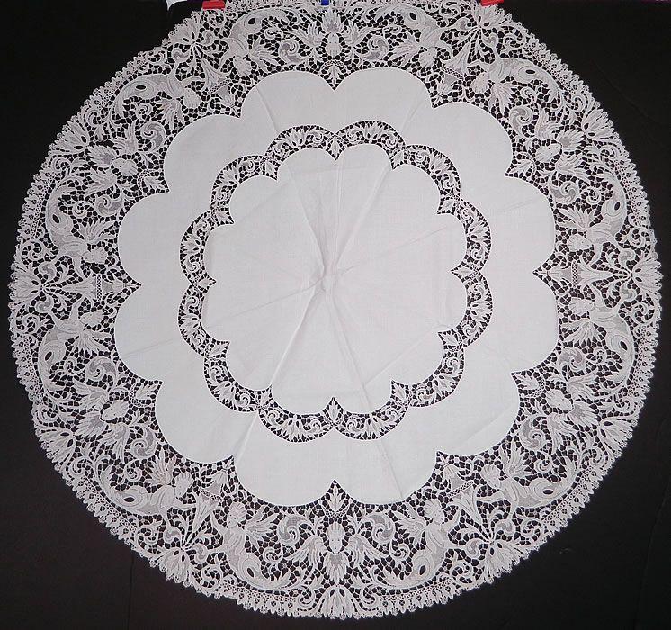 Victorian Antique Point De Venise Lace Renaissance Cupid Linen Round  Tablecloth. This Victorian Era Antique