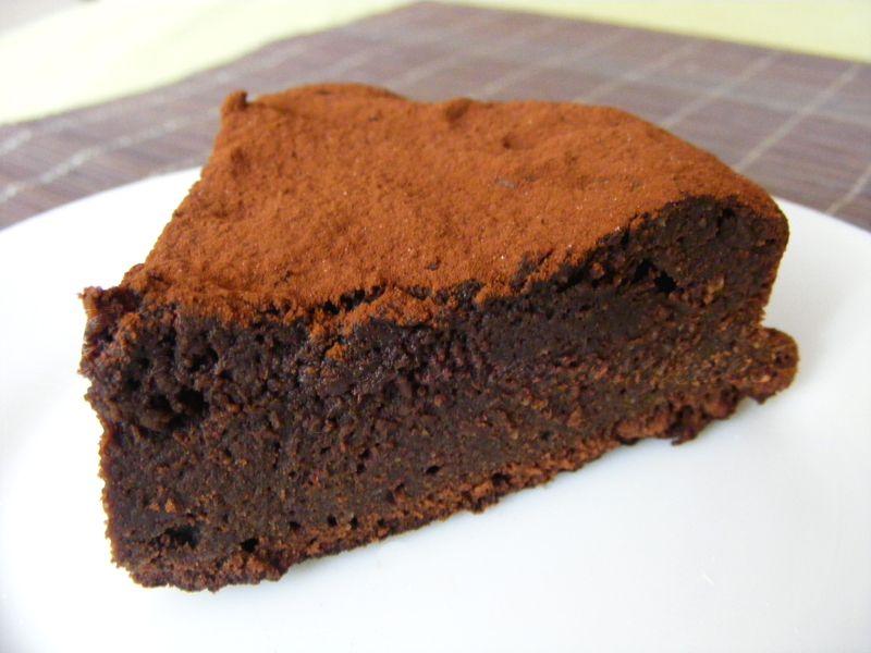 365 Recettes , Fondant au chocolat  Le fondant au chocolat est très  apprécié parce qu\u0027il est délicieux. Faire un joli gâteau n\u0027est pas toujours  aussi