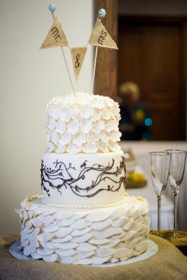 Rustic Wedding Cake And Cake Topper I Do Pinterest