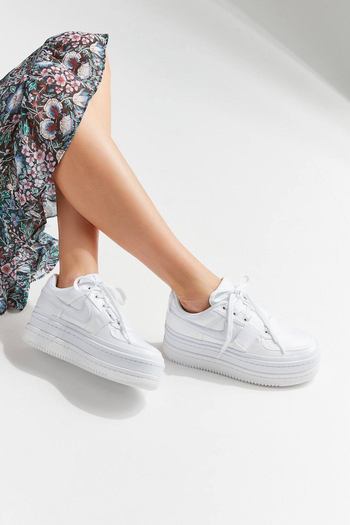 85be543855c8 Nike Vandal 2k Sneaker