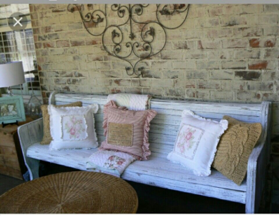 This is soo cute! Shabby chicness!