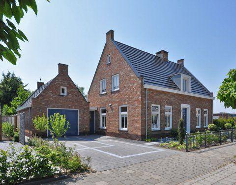 Notaris woning baksteen schuurwoning pinterest for Kleine huizen bouwen