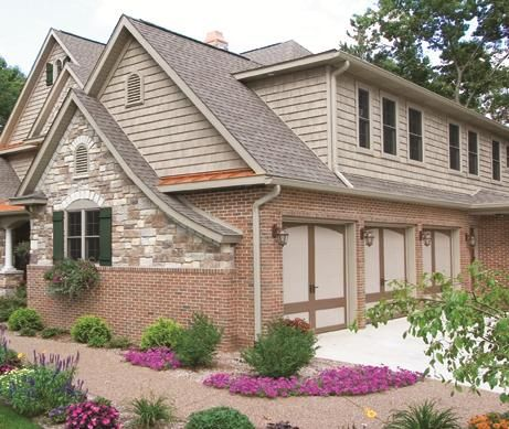 The Foundry 10 Vinyl Weathered Staggered Shake 1 Square Exterior Siding Colors Exterior Brick Vinyl Siding