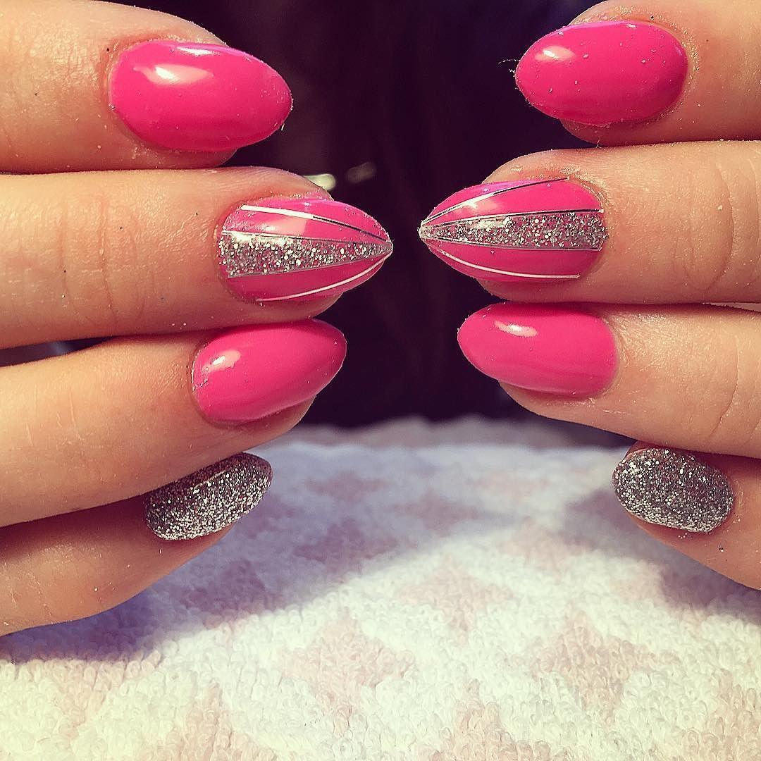 pink #pinknails #gelnails #gelnagels #nailartjunkie #glitter ...