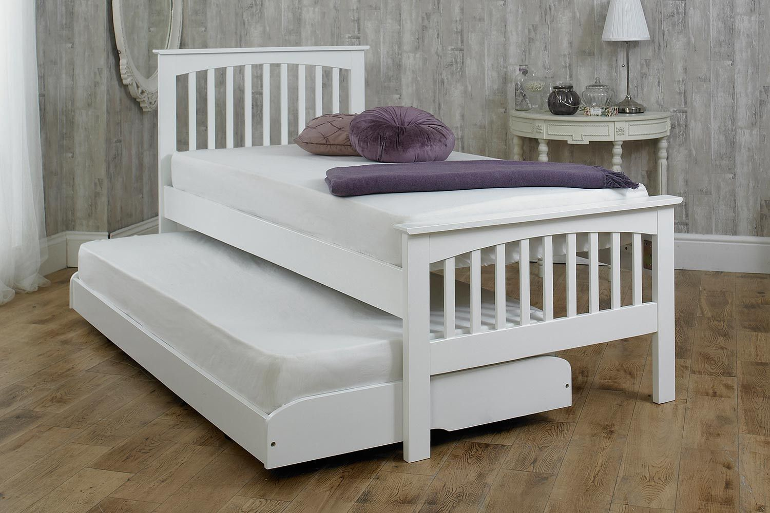 Heywood White Solid Wood Guest Bed 3ft Single Trundle Bed