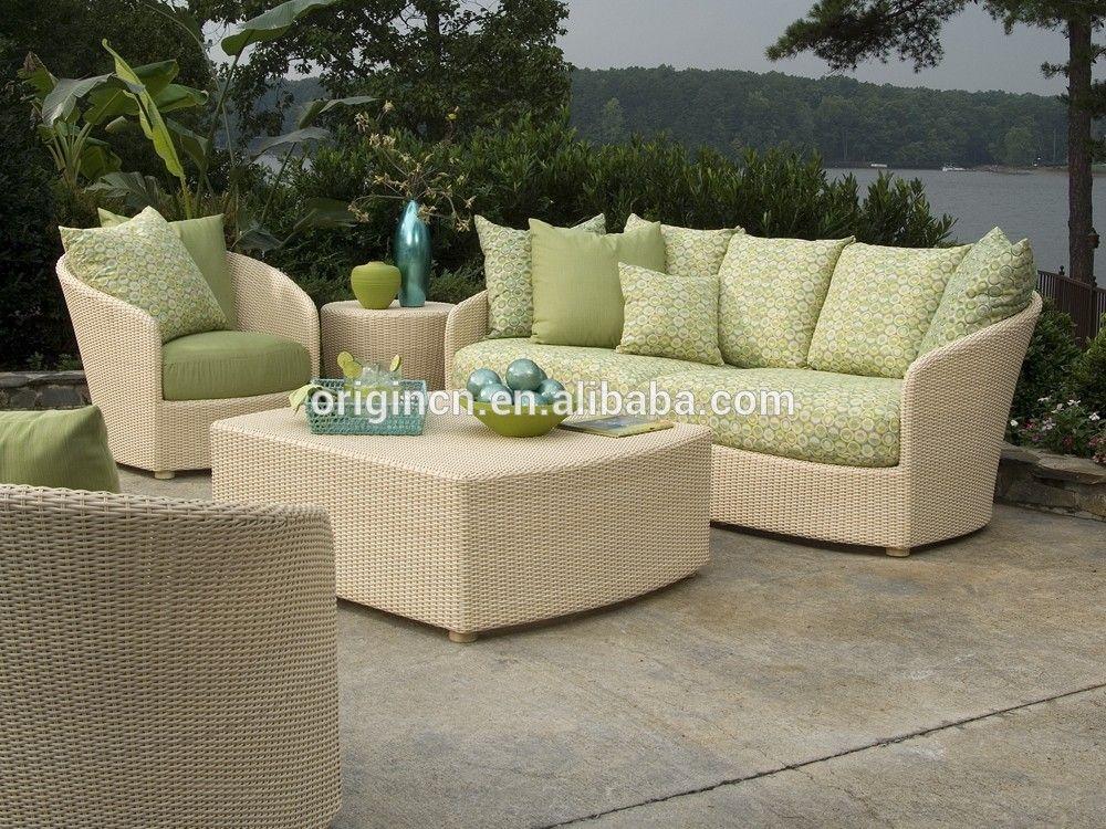 Mirada fresca verde claro y beige color set hecho con materiales ...
