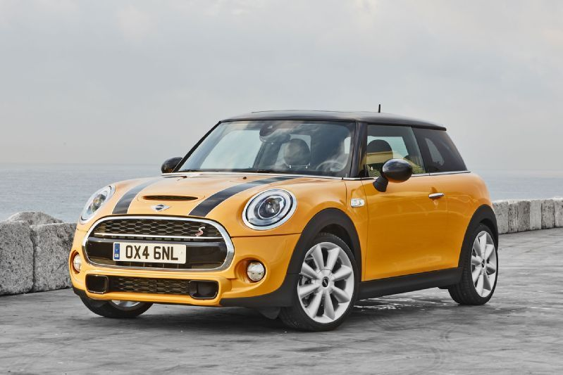 2015 Mini Cooper S Review Specs And Price New Car Redesign And Release Date Modelos De Mini Cooper Mini Cooper S Mini Cooper Convertible