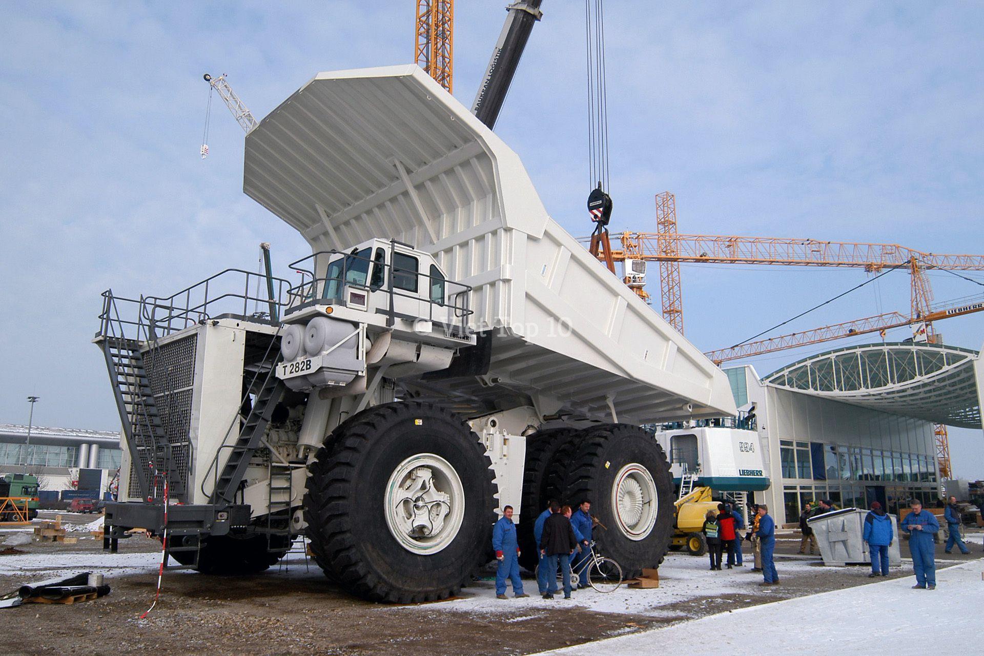 top 5 cỗ xe tải lớn nhất thế giới - việt top 10 - việt top 10 net - viettop10