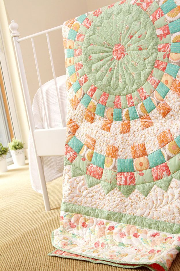 You'll Love These 18 Free & Easy Quilt Patterns | Traditional ... : handmade quilt patterns - Adamdwight.com
