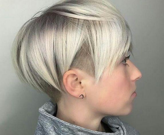 Populaire coupe courte cheveux fin : 25 modèles hyper stylés de coupes  VP05