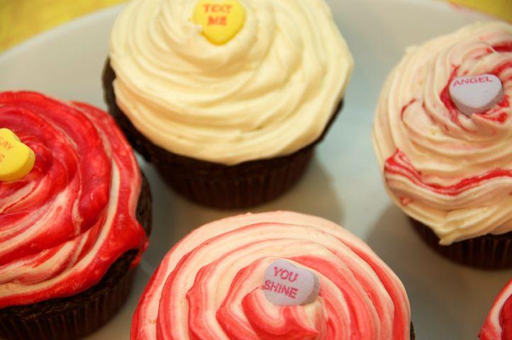 Valentine sweetheart cupcakes