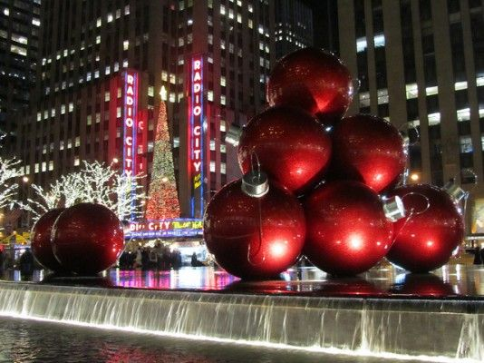 Radio City Music Hall at Christmastime.... Will go back one day! | Activities in nyc, Holiday ...